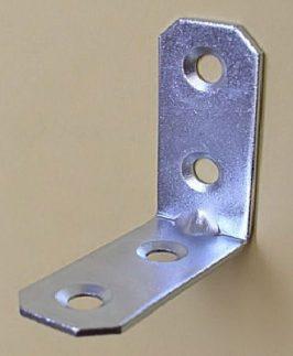 Kątowniki meblowe metalowe